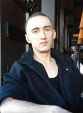 Viktor, 28, Russia, Pskov