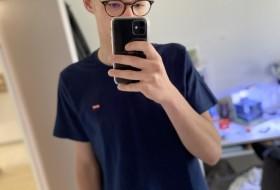 leo, 18 - Just Me
