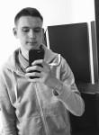 Erik , 21  , Vityazevo