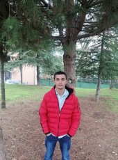 Mesut , 21, Turkey, Izmit