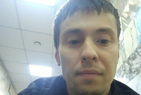Andrey, 30 - Just Me