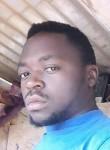 Valdo, 35  , Yaounde