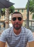 Ayoub, 29  , Rome