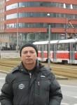 Vladimir, 65, Riga