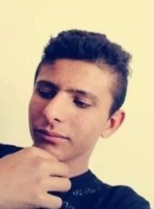 Isa, 19, Turkey, Konya
