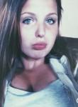 Laura, 23  , Mons