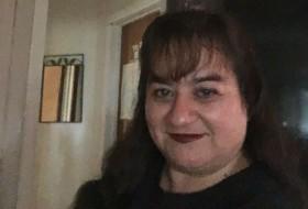 Brenda, 42 - Just Me