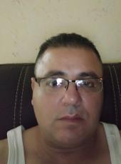 majde, 44, Palestine, Nablus