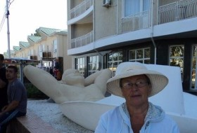 Lyudmila, 70 - Just Me