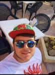 Daniele, 23  , Messina