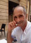 Adel, 45  , Vittoria