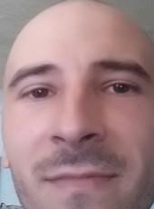 Chris Mike, 28, Romania, Bacau