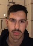 Yassin, 18  , Oberhausen