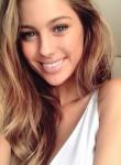 sofia, 21  , Brussels