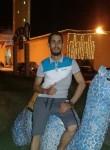 Hsan, 30  , Tunis
