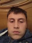 Hugo, 18  , Braga