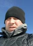 Yanis, 25  , Chikola