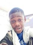Mouha, 18, Dakar
