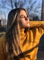 Gadina Makhalova, 18, Russia, Volgograd