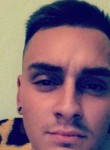 Balong Adam, 22  , Gyula