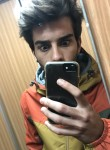 Edoardo, 23  , Tortona