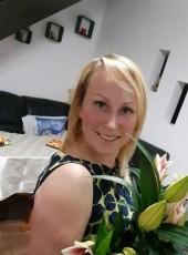 Irina, 45, Estonia, Tallinn