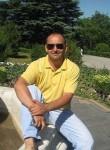 Yuriy, 22  , Kiev