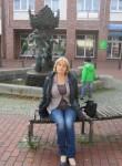 Larisa, 74  , Dortmund