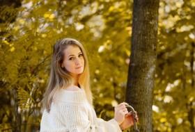 Olga, 27 - Just Me
