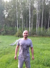 Aleksandr, 41, Russia, Tosno