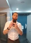Adrian, 23  , Chisinau