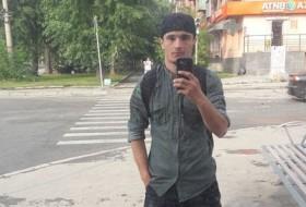 Karim, 24 - Just Me