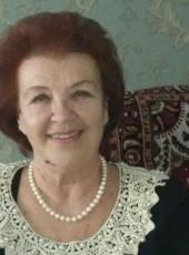 Elena, 67, Russia, Bakhchysaray