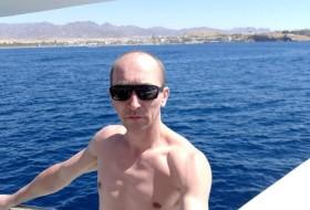 Vitalikm, 39 - Just Me