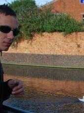 Artur, 30, United Kingdom, London