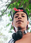 Renan Azevedo , 19  , Aparecida do Taboado
