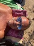 JB, 46, Mandelieu-la-Napoule