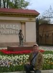 Oleg, 52  , Shymkent