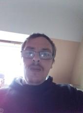 Desbonnet, 35, France, Vannes