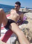 Riccardo, 26  , Salerno