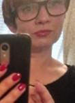 Elena, 52  , Milano