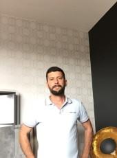 Gentlemanoupas, 39, France, Orvault