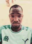 Ado Hayo, 19, Niamey