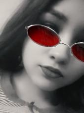 Vika, 18, Ukraine, Donetsk