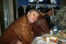 petr, 55 - Just Me