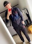 Chris, 24, Aubergenville