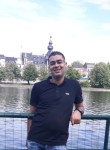 Bader, 37  , Charleroi