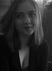 Arina, 19, Russia, Pavlovskiy Posad
