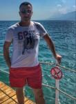 Tahir dizdar, 42, Istanbul