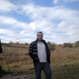 Andrey, 18  , Lisichansk